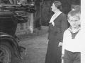 1935 circa Klara-A. v.K, dzieci i auto, od LvK 2011-08-19