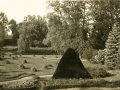 1935 circa Widok z Palacu na pomnik, od LvK 2011-08-19