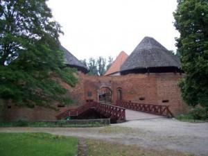 100_1340 - atrakje -Zamek w Miedzyrzeczu