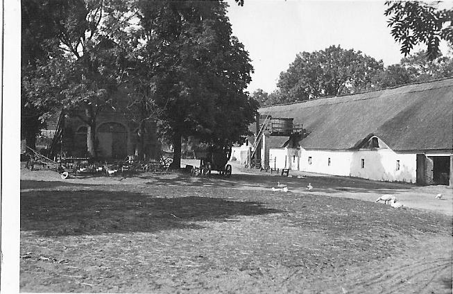 1935 circa Obora 4 [spalona] i golebnik-od LvK 2011-08-19